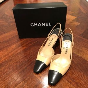 Chanel tan and black leather slingback pumps